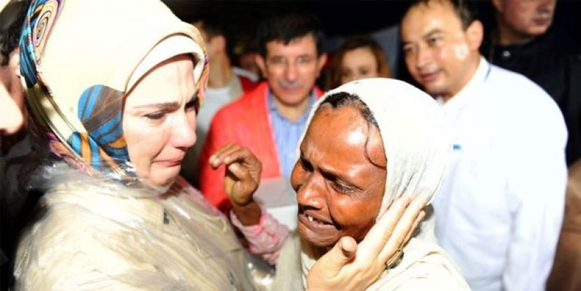 Turkish First Lady Reaches Bangladesh to Meet Displaced Rohingyas