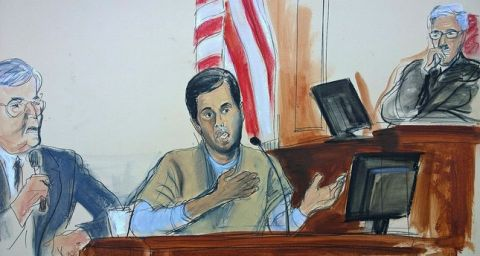 Turkish-Iranian gold trader Reza Zarrab, center, testifies before Judge Richard Berman, right, that he helped Iran evade U.S. economic sanctions with help from Turkish banker Mehmet Hakan Atilla (Elizabeth Williams via AP)