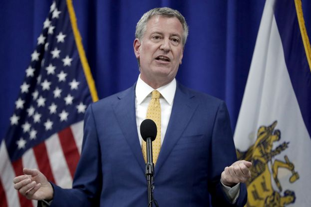 NYC Mayor: Schools could close by Monday as coronavirus cases spike